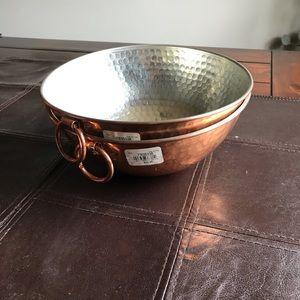 William Sonoma Hammered set of Copper bowls